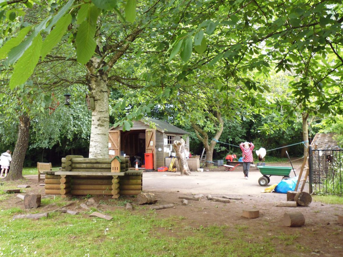 Broomhill and St Anne's Park Children Centre